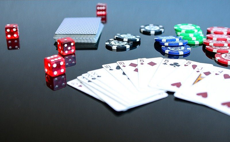 Play the games more effectively when you know the advantages and disadvantages of casino games